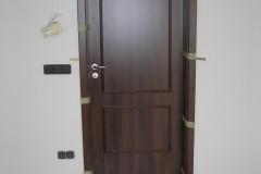23) Krátce  po instalace obložkových zárubní a osazení dveří.